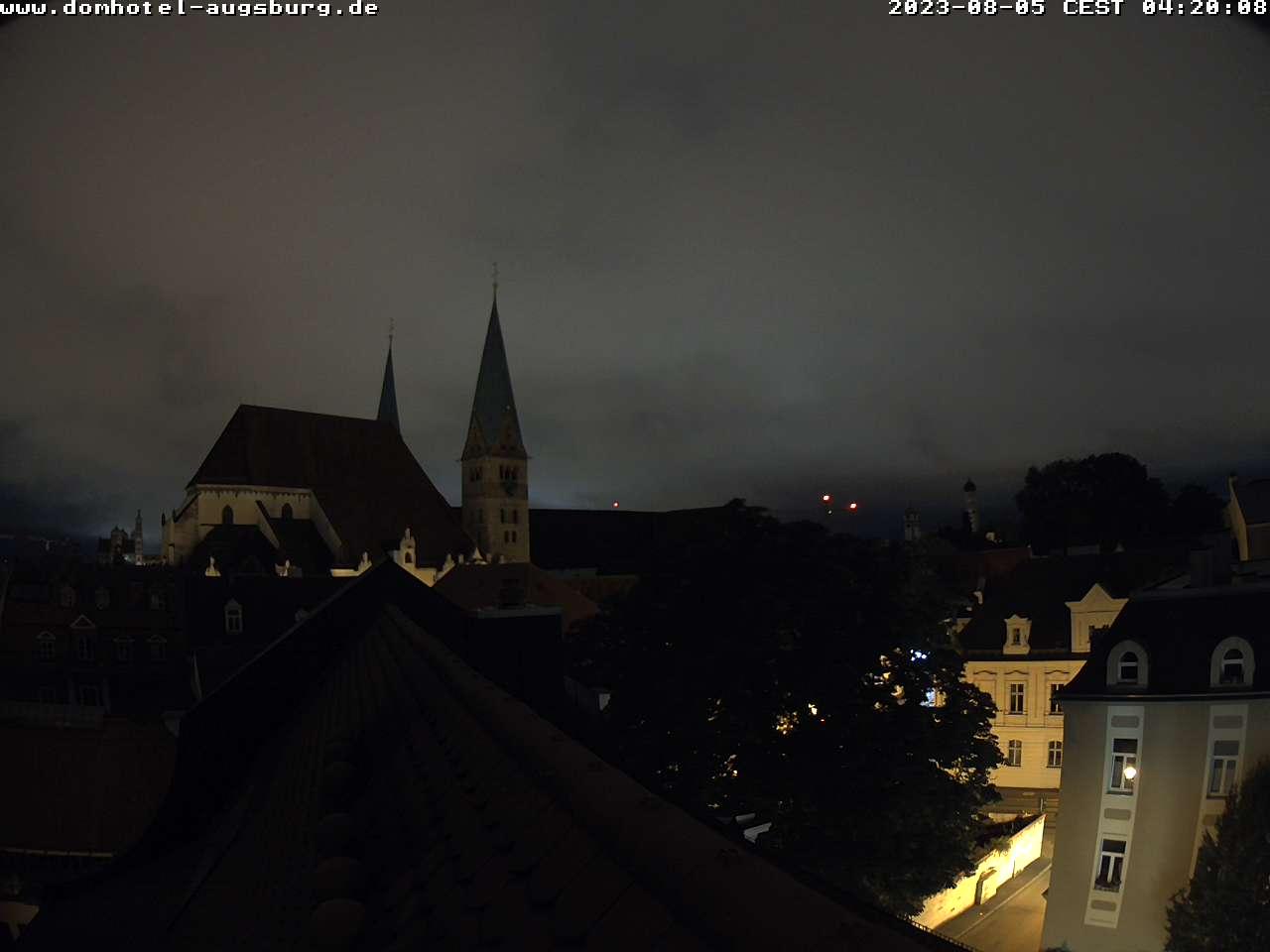 Webcam im Zentrum von Augsburg, auf dem Dach des Dom Hotels
