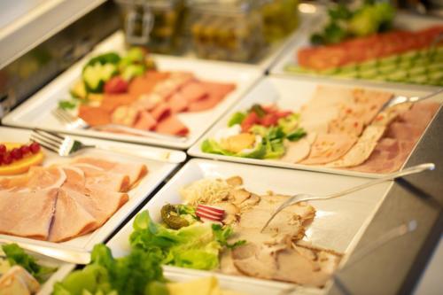 Dom Hotel Frühstücksbuffet
