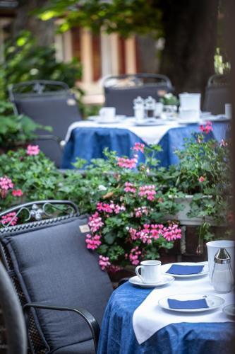 Dom Hotel Frühstück Terrasse